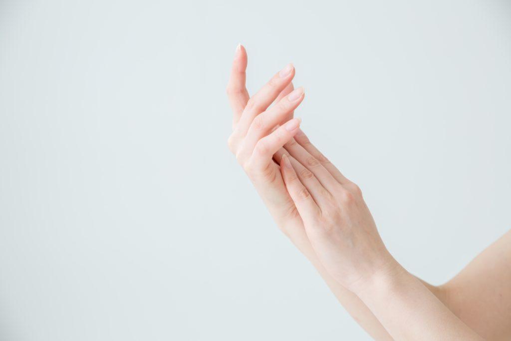 爪が割れやすい