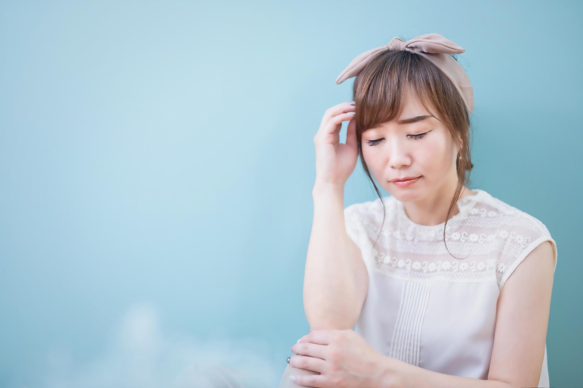 生理痛の女性