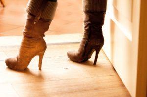 ブーツの足