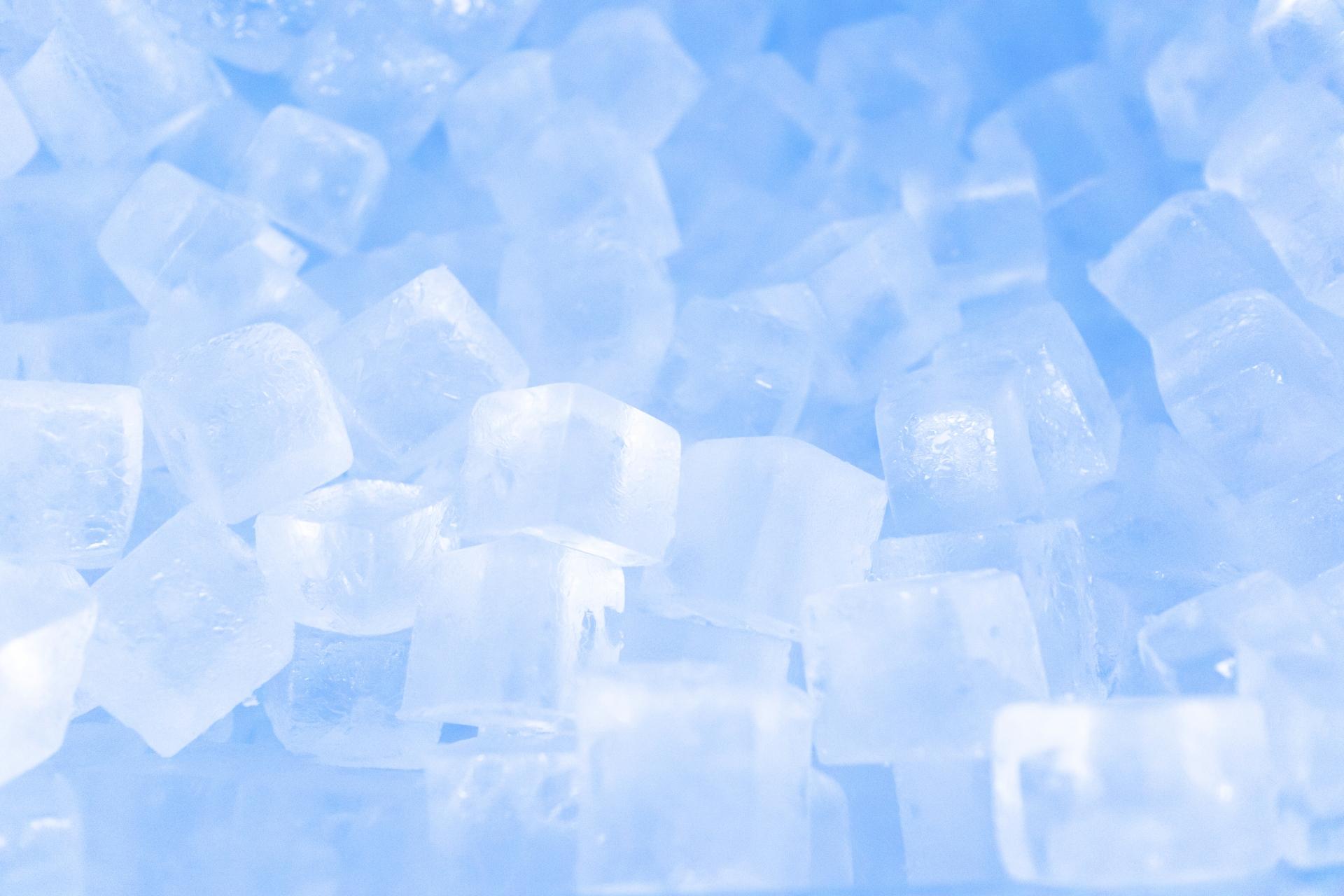 氷で冷やす