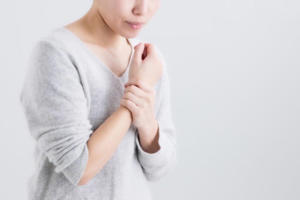 関節リウマチの女性