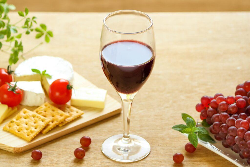ポリフェノールの入った赤ワイン