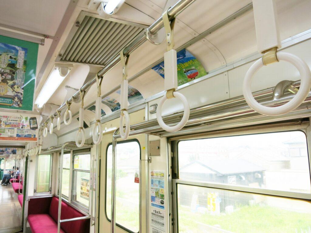 電車の吊革